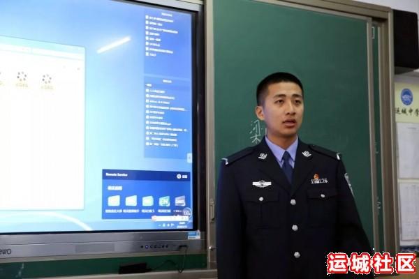 河南11选5遗漏号码中学2019届优秀毕业生代表回母校为高三学子宣讲4